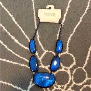 Oversized blue necklace
